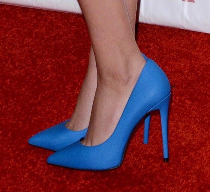 Victoria Justice wearing Aldo Forquer shoes