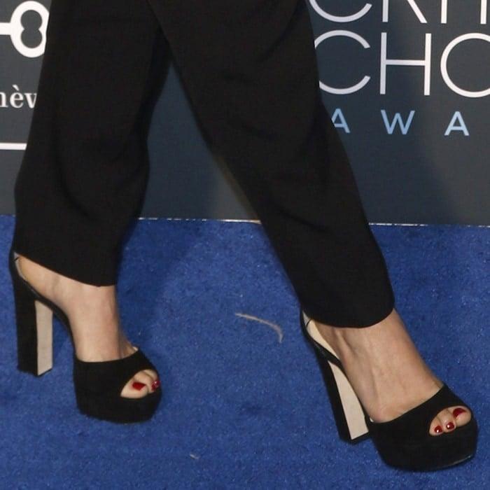 America Ferrera's sexy toes in Jimmy Choo peep-toe heels