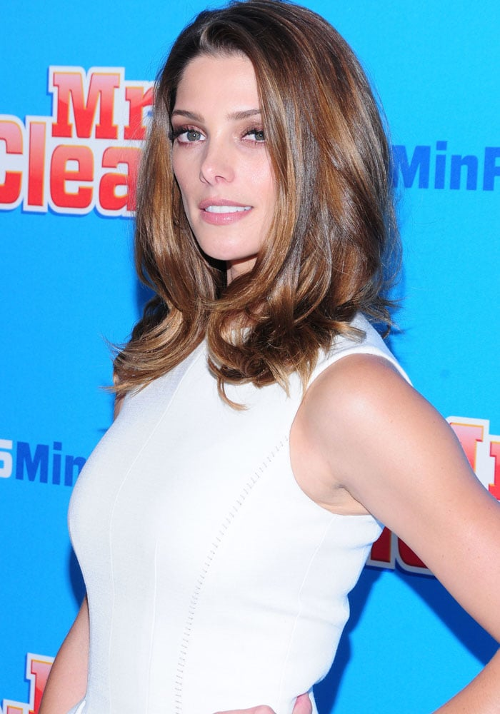 Ashley Greene at the Mr. Clean 15 Minute Renovation Showcase