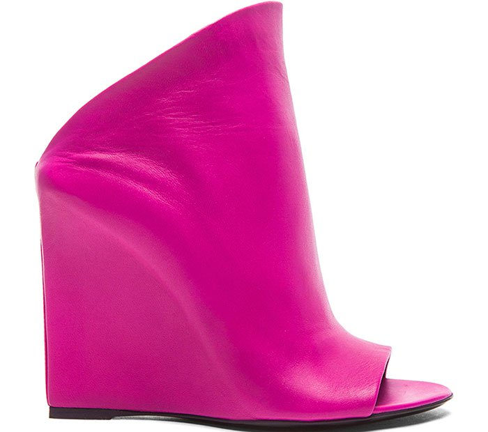 Balenciaga-Prism-Wedge-Pumps-Pink