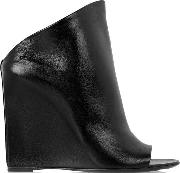 Balenciaga-leather-mules