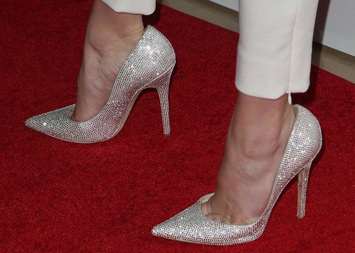 """Bella Thorne's Jimmy Choo """"Animal Tartini"""" shoes seemed to be slightly too big, but were still flashy and show-stopping nonetheless"""