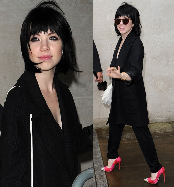 Carly Rae Jepsen with pink lipstick and smoky eye makeup