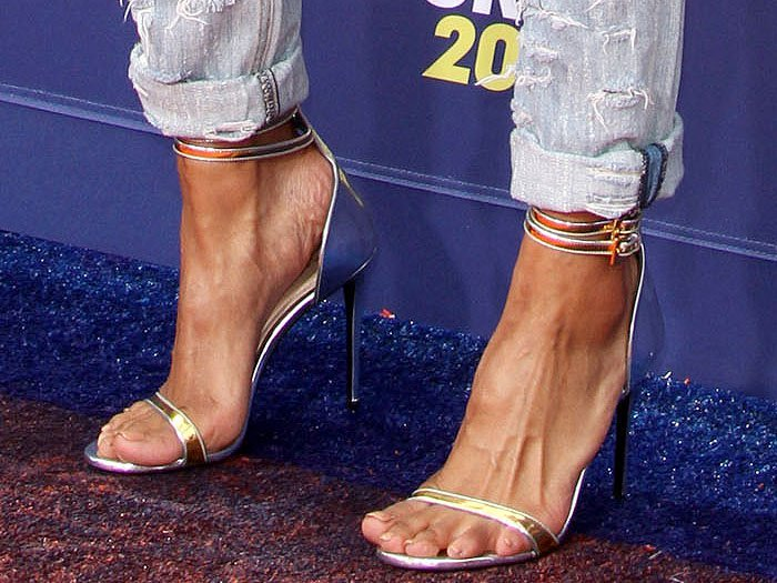 Ciara's sexy feet in Baraba Bui gold-and-silver mirrored leather sandals