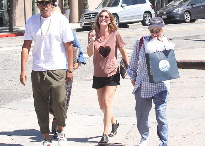 Ellen Pompeo grabs some lunch in West Hollywood with her husband Chris Ivery and friends