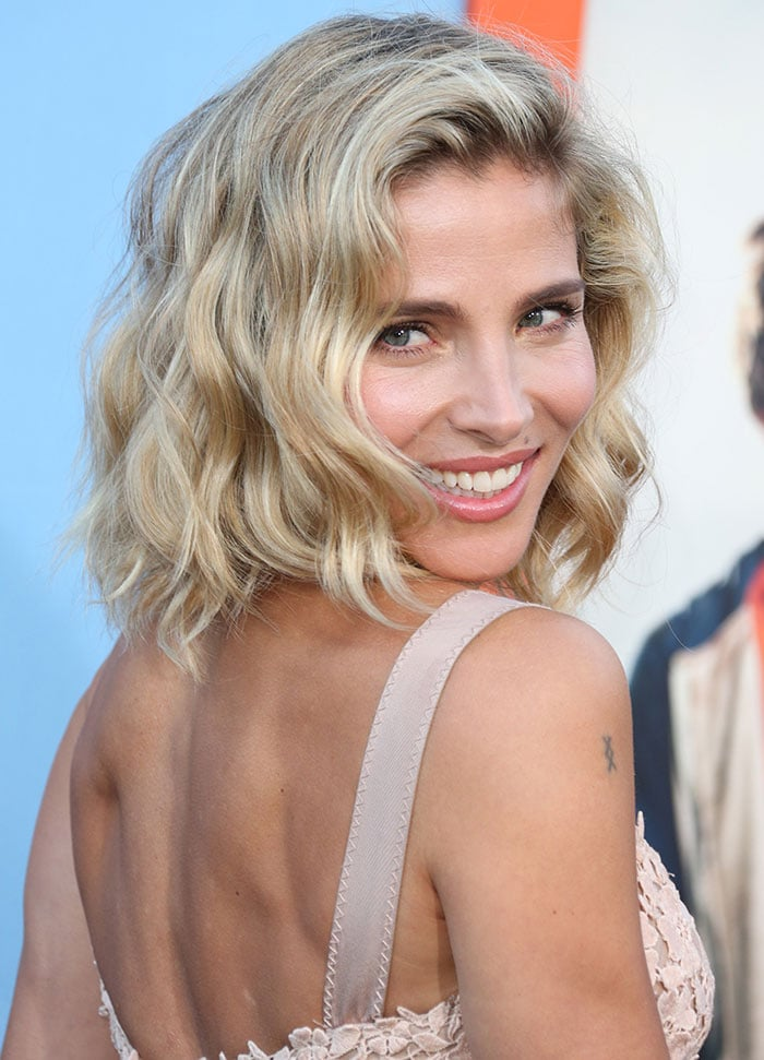"""Elsa Pataky wears her blonde hair down at the premiere of Warner Bros. Pictures' """"Vacation"""""""