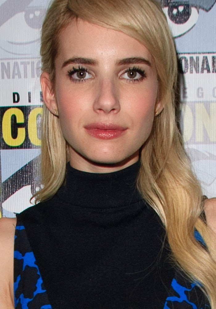 Emma Roberts looks lovely with blonde hair