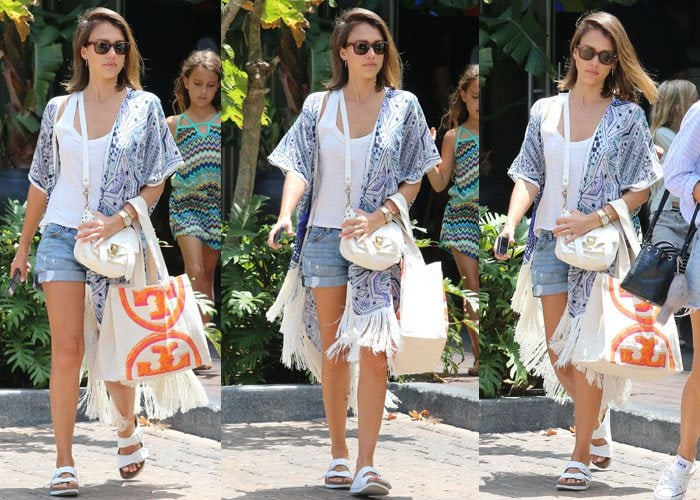 Jessica Alba takes her daughters Honor and Haven Warren to lunch at Cafe Habana, Malibu on July 5, 2015