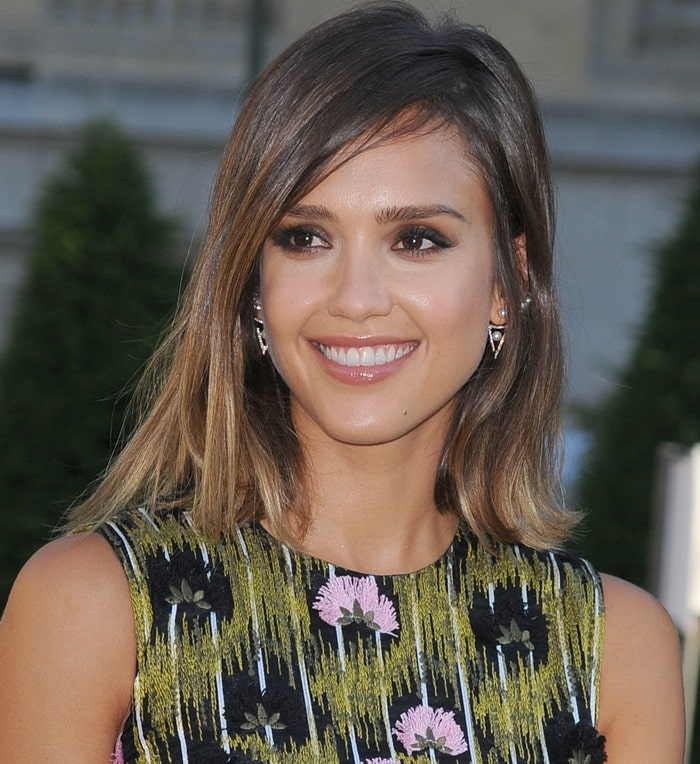 Jessica Alba at the Giambattista Valli Fall 2015 Couture show in Paris on July 6, 2015
