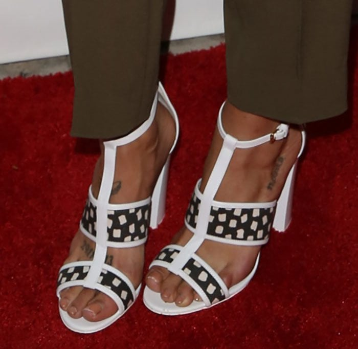 Jessica Szohr's nude feet in Max Mara sandals