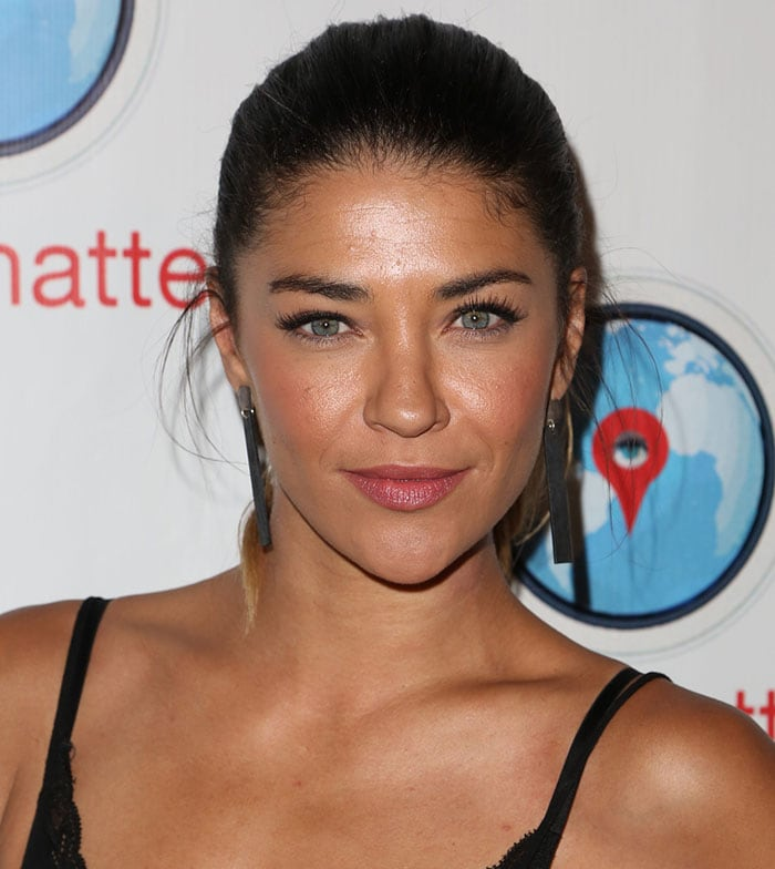 Jessica Szohr styled her hair in an ombre ponytail