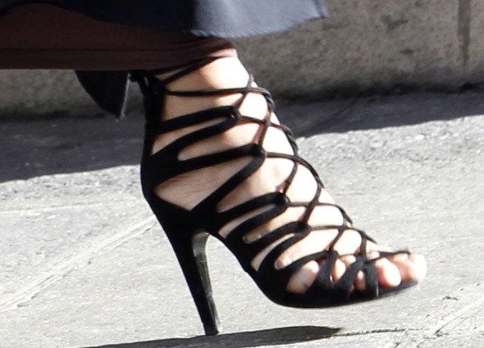 Kim Kardashian wearing her favorite Hermès Impulsion heels