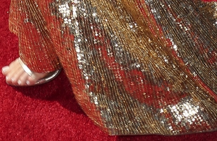 Kylie Jenner's gold dress from Shady Zeineldinefeatured thousands of sparkling gold sequins