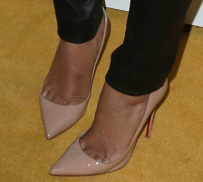 Mel B revealed sexy toe cleavage in nude stilettos