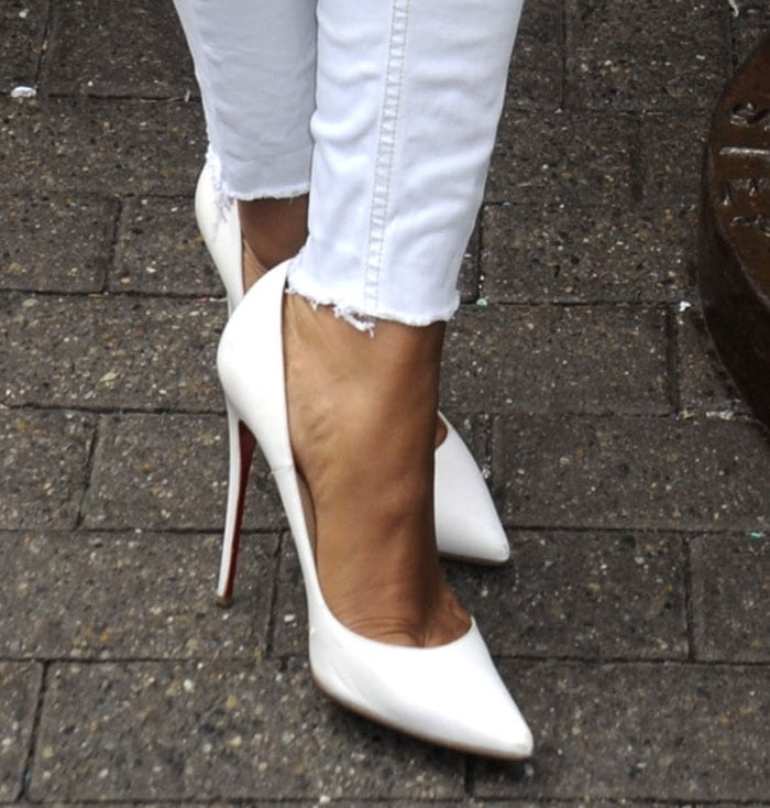 Mel B shows off her hot feet in Christian Louboutin pumps