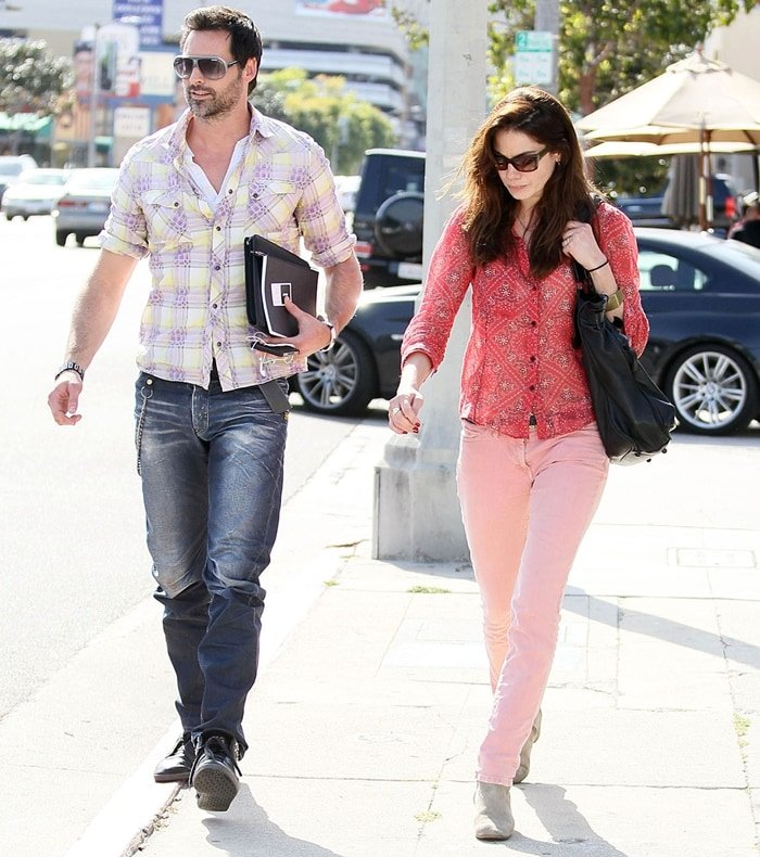 Michelle Monaghan and her husband Peter White leaving The Kings Road Cafe