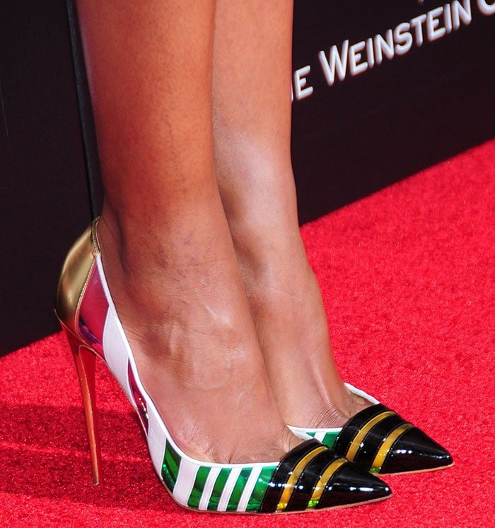 Naomie Harris shows off her hot feet in Christian Louboutin pumps