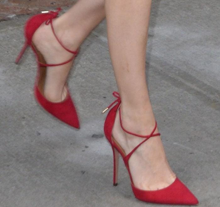 Poppy Delevingne's hot feet in red Aquazzura Matilde heels