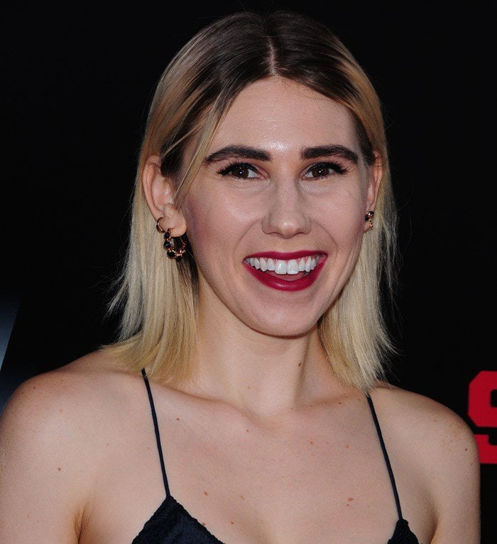 Zosia Mamet's awful hairstyle at the premiere of Southpaw