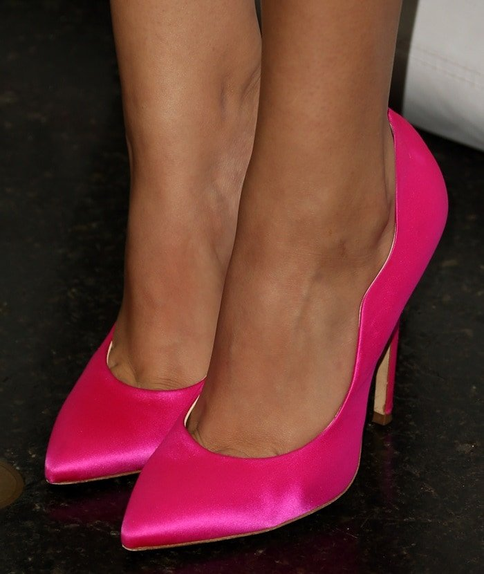 "Victoria Justice's sexy feet in hot pink Brian Atwood ""Besame"" pumps"