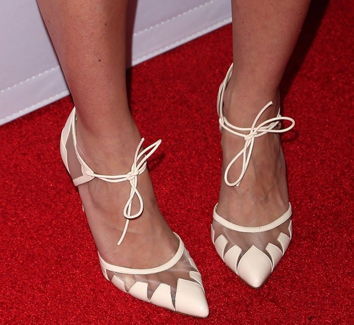 Amy Smart shows off her hot feet in Bionda Castana pumps