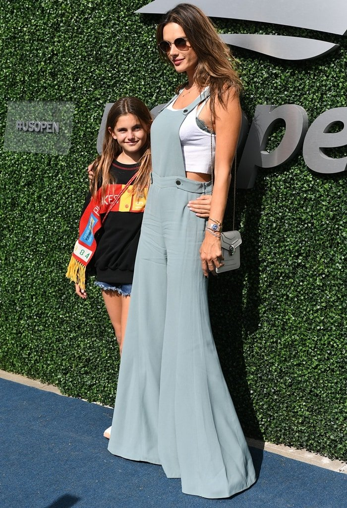 Anja Louise Ambrosio Mazur and her mother Alessandra Ambrosio