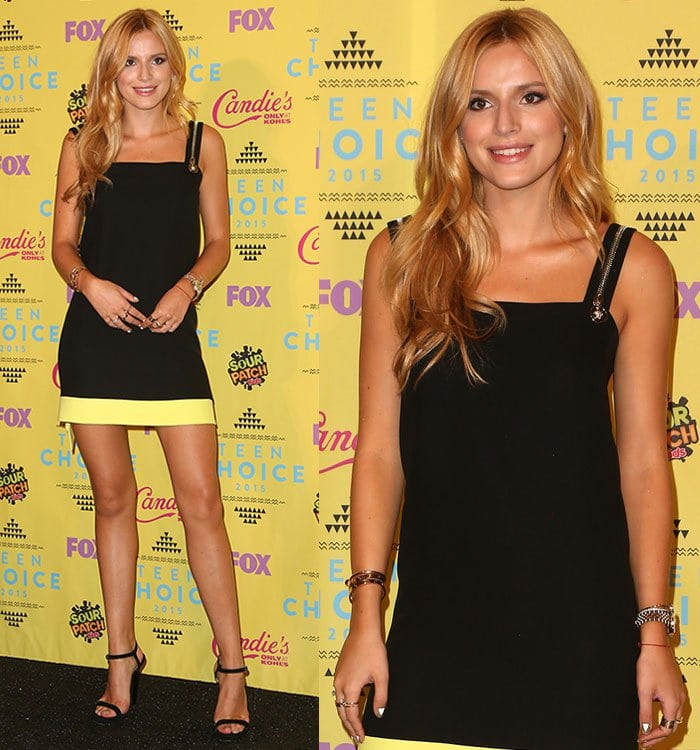 Bella Thorne wears an edgy black zipper-embellished dress at the Teen Choice Awards