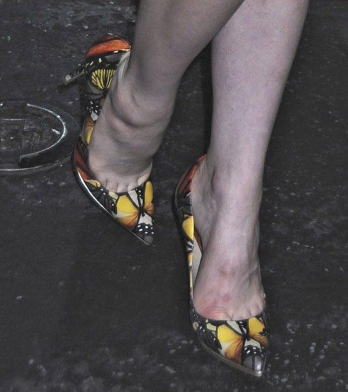 Carly-Rae-Jepsen-Zara-Butterfly-Printed-Pumps-1