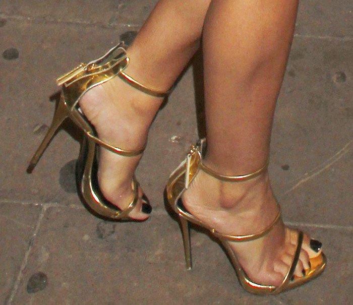 Cheryl Fernandez-Versini in Giuseppe Zanotti sandals