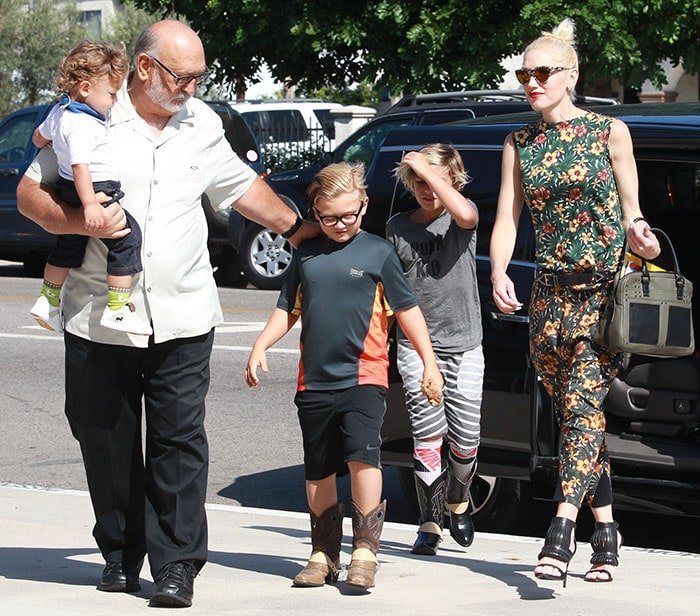 Gwen Stefani attends church service with her sons and parents