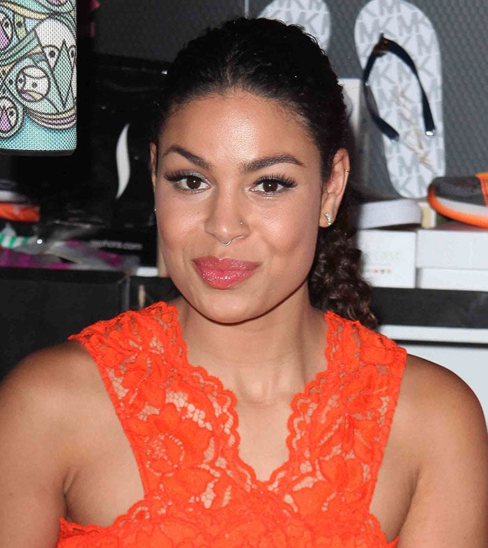 Jordin Sparks' curly ponytail and nose ring