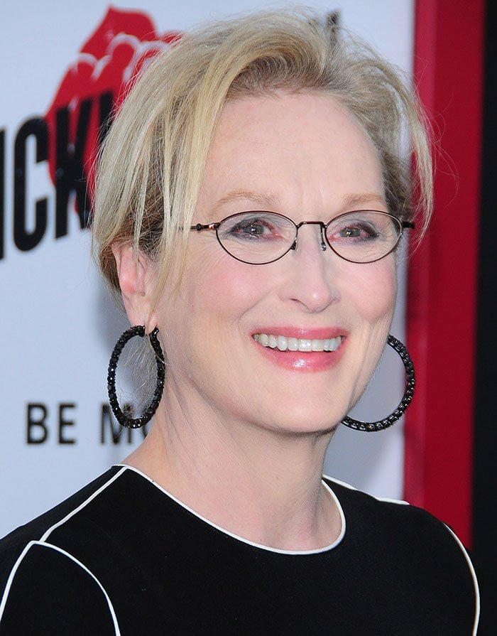 Meryl Streep's short unfussy hairstyle and soft makeup