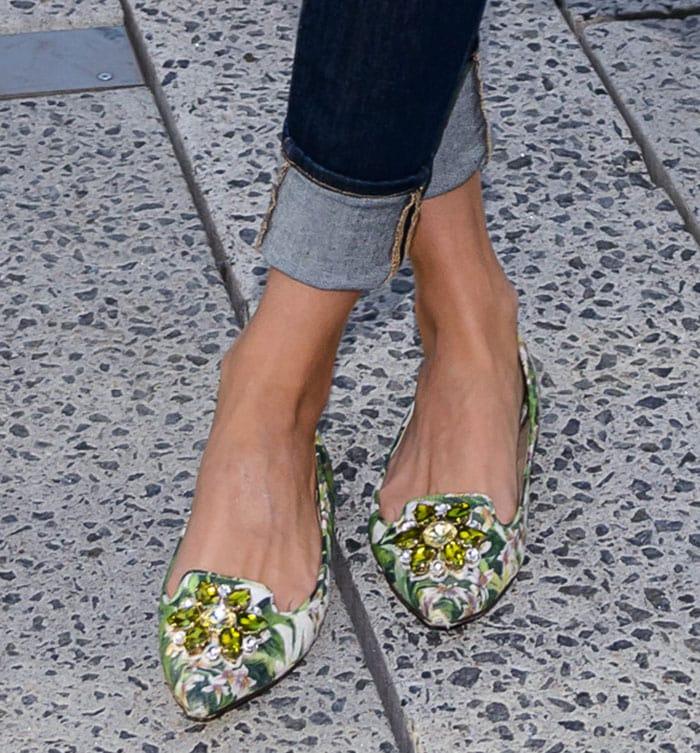 Olivia-Palermo-Dolce-and-Gabbana-Green-Embellished-Flats-1