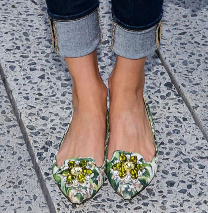 Olivia-Palermo-Dolce-and-Gabbana-Green-Embellished-Flats