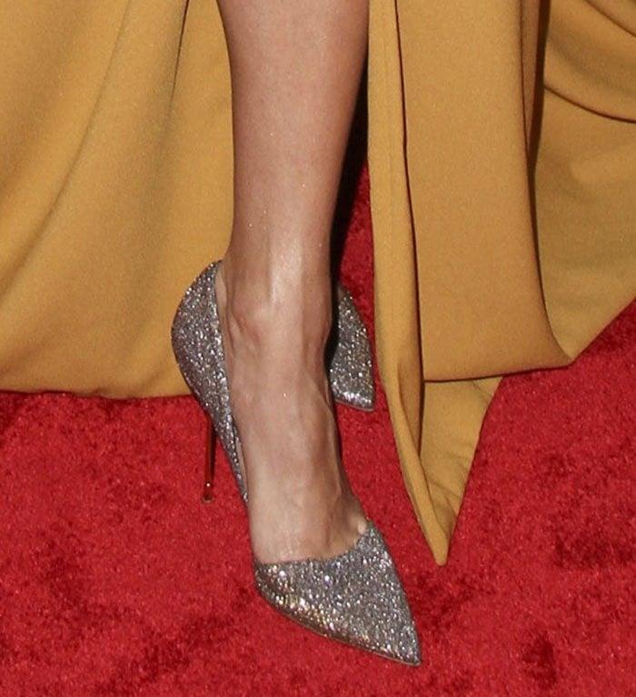 Vanessa Hudgens's sexy feet in glittering shoes