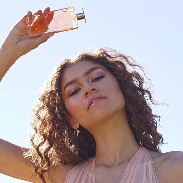 Zendaya promoting Lancôme's new Idôle Eau de Parfum