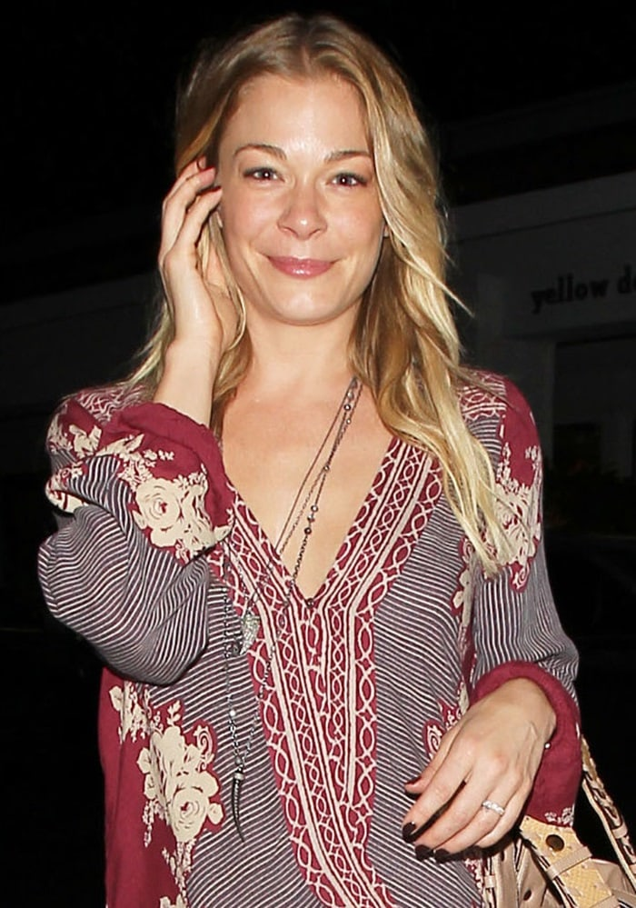 LeAnn Rimes looked relaxed in a Free People dress