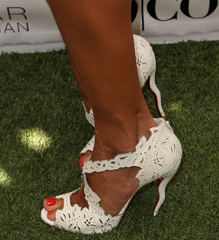 Alessandra Ambrosio's sexy toes in Christian Louboutin sandals