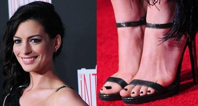Hathaway feet ann Celebs caught