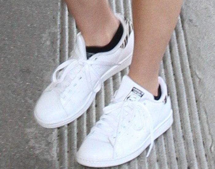 Bella Thorne LAX Adidas 3