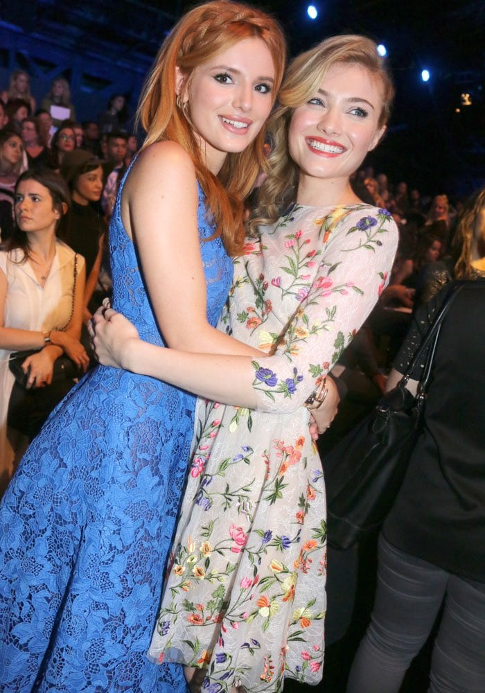 Bella Thorne and Skyler Samuels played Madison Morgan and Jess Harris in The DUFF, a 2015 American teen comedy film directed by Ari Sandel