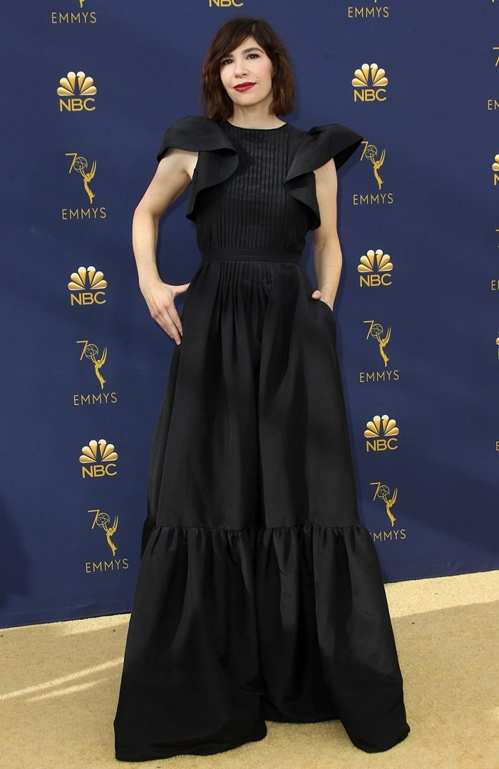 Taylor Schilling's rumored girlfriend/wife Carrie Brownstein attends the 70th Emmy Awards
