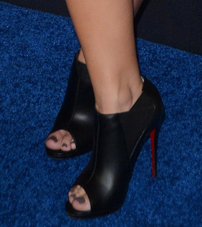 Demi-Lovato-Christian-Louboutin-Bootstagram-Peep-Toe-Booties