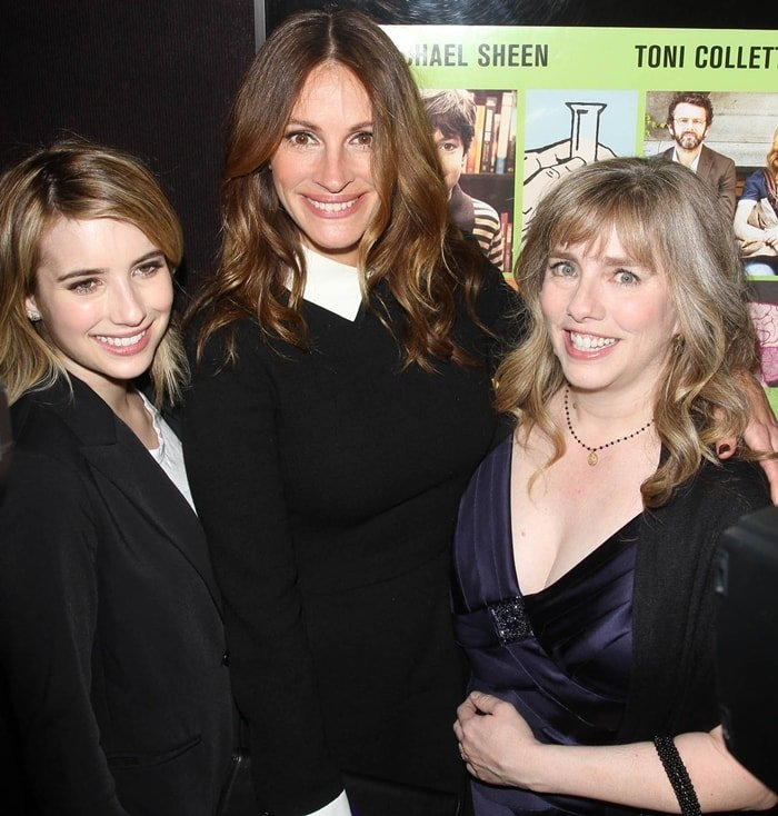 "Emma Roberts with her aunts Julia Roberts and Lisa Roberts Gillan the Los Angeles premiere of ""Jesus Henry Christ"""