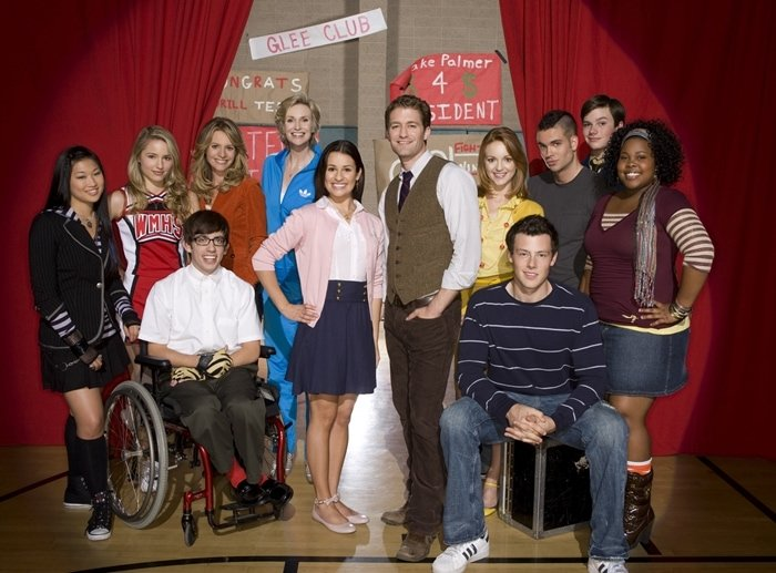 Glee (FOX) Season 1, 2009, cast members are shown from left, back row: Jenna Ushkowitz, Dianna Agron, Jessalyn Gilsig, Jane Lynch, Mark Salling, Chris Colfer, and Amber Riley. front row: Kevin McHale, Lea Michele, Matthew Morrison, Jayma Mays, Cory Monteith