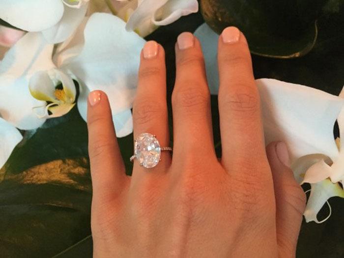 Julianne Hough's 6-carat oval diamond ring by Lorraine Schwartz