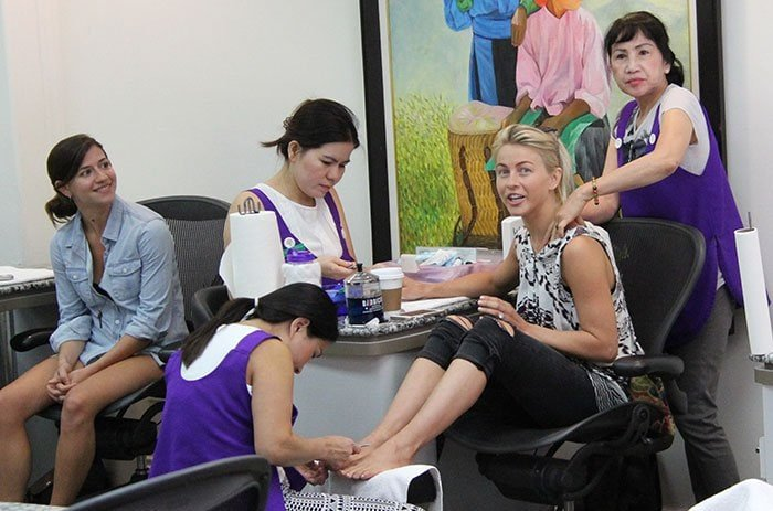 Julianne Hough treating herself to a manicure and pedicure