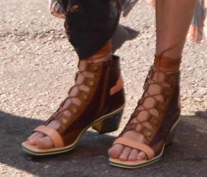 Kate-Bosworth-Rodarte-Lace-Up-Sandals-1