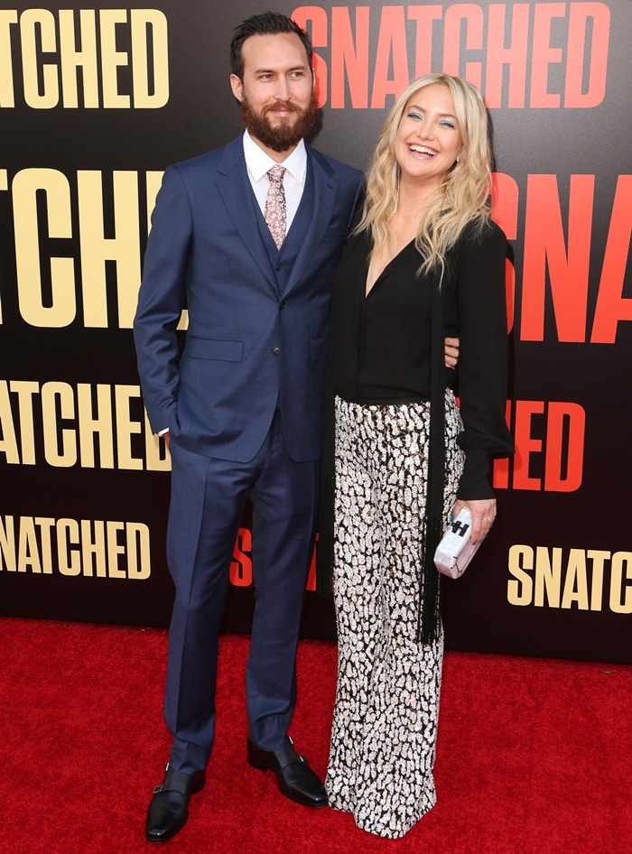 Actress Kate Hudson and Danny Fujikawa arrive at the premiere of 20th Century Fox's 'Snatched'
