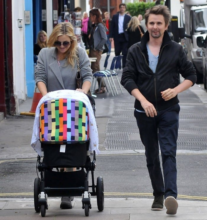 "Kate Hudson and Matt Bellamy walking in Primrose Hill with their son Bingham Hawn ""Bing"" Bellamy"